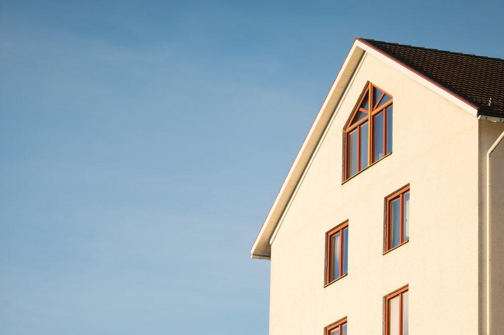 La façade d'une maison
