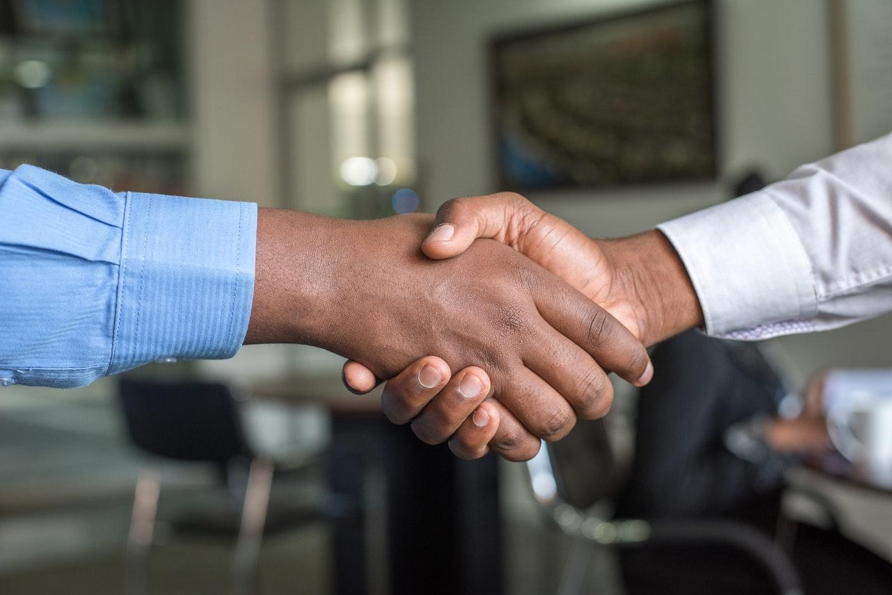 Comment bien choisir un partenaire pour externaliser sa logistique ?