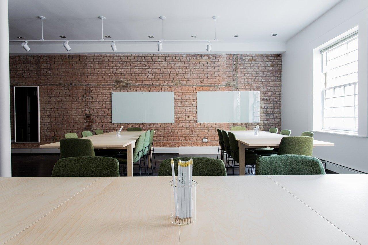 Que doit proposer une bonne offre de location de bureaux?